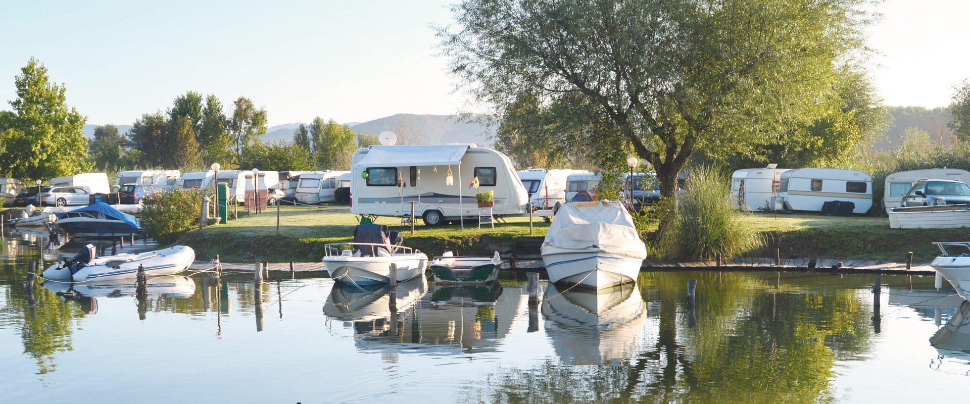 Stabilimenti balneari e campeggi